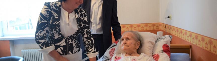 Mieszkanka Goczałkowic świętowała setne urodziny Kliknięcie w obrazek spowoduje wyświetlenie jego powiększenia